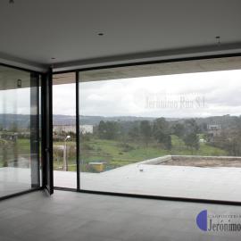 Vista interior ventanal en provincia de Orense